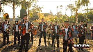 Banda La Plebada Sinaloense - Popurri: Debajo De Los Laureles, Que Casualidad, En Las Cantinas