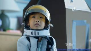 Time Warner Cable 2016 - Space Girl Commercial