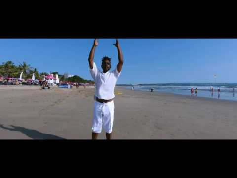 Omar ft. Leon Ware - Gave My Heart [Official Video]