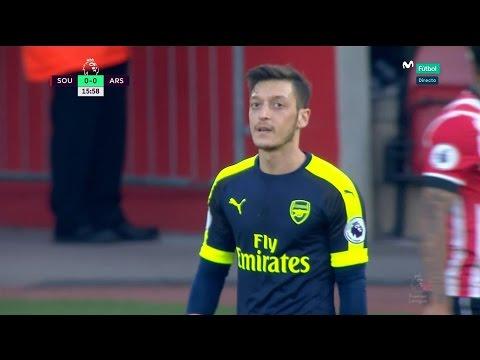 Mesut Özil vs Southampton (Away) 16-17 HD 720p [EPL]