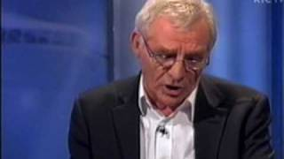 Eamon Dunphy-Terry Venables Rant [Part 1 of 2]Nov 2007
