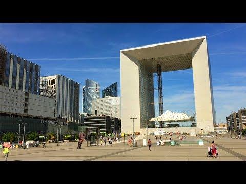 Paris Walk - LA DÉFENSE PROMENADE from Bassin Takis to Grande Arche - France