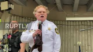 USA: Armed militia joins rally against Michigan stay-at-home order alongside sheriff in Grand Rapids