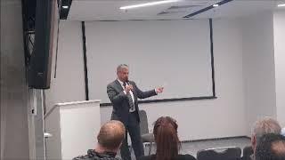 """הרצאה של עו""""ד אלכס פרישברג בכנס של לשכת עורכי הדין בקייב בנושא השקעות נדלן ומצב הכלכלה בקייב"""