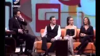 Hülya Avşar Tecavüz sahnesinde keyifle oynadım.mp4