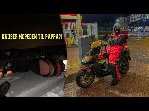 Kjører i Snø Med Mopeder! (Trynte mange ganger) Norsk Motovlog
