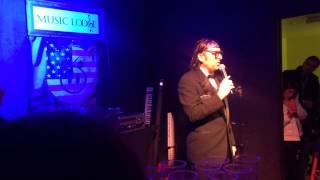 Neil Hamburger (Gregg Turkington) performing at ENTERTAINMENT