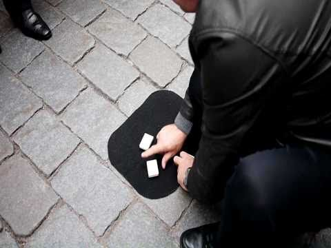 Three Shell Game in Stockholm - real hustle in the streets!