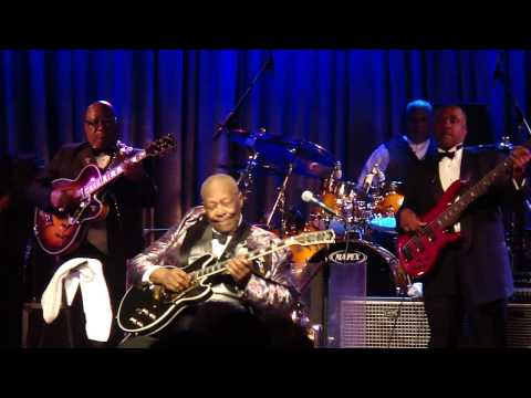 "B.B. King - ""Darlin' You Know I Love You/Bluesman"" Live @ B.B. Kings Blues Club Orlando, FL 2010"