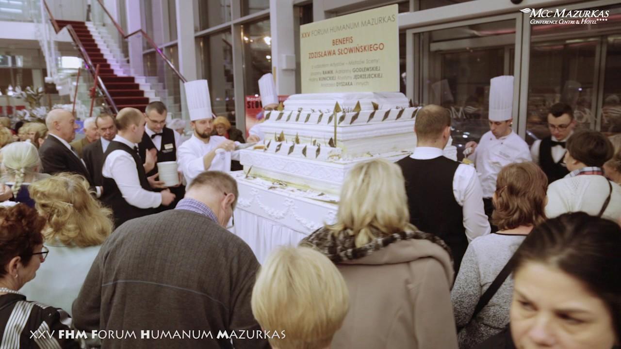 XXV FHazurkas - kulisy - Joanna Rawik i mega tort dla gości Benefisu Z.Słowińskiego