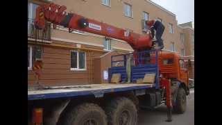 Манипулятор в Калуге разгружает цемент(, 2014-07-16T05:19:12.000Z)