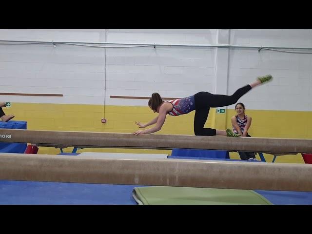 EXTREME ABILITY ALLA TRAVE, IN PLANCHE GOMITO GINOCCHIO!! ginnastica artistica CSB