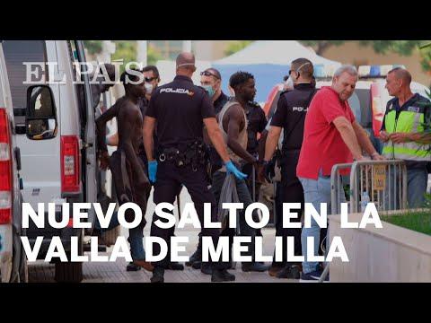 Un migrante muere en un nuevo salto en la valla de Melilla