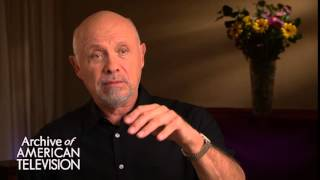 Hector Elizondo discusses filming 'Pretty Woman' - EMMYTVLEGENDS.ORG
