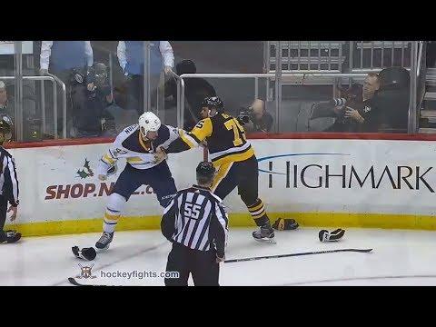 Zach Bogosian vs Ryan Reaves Dec 2, 2017