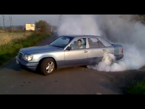 W124 is the mercedes-benz internal chassis-designation for the 1984/85 to 1995 /96 version of. 1986–1989, 250 d, 2. 5 l om602. 912 diesel i5, sedan/saloon. 124. 126, 1993–1996, e 250 diesel, 2. 5 l om605. 911 diesel i5, sedan/saloon.