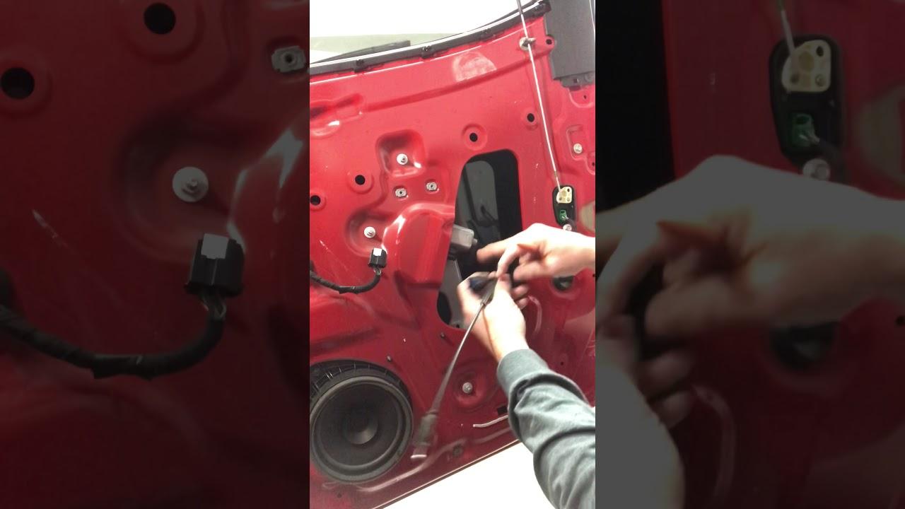 Download 2015-2021 Colorado Rear Door Panel and Window Regulator