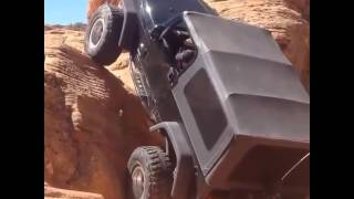 Amazing JEEP Stunt on Rock