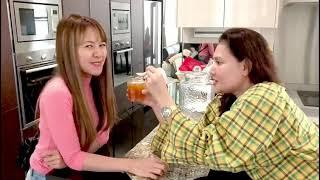 Baby Shima mau di suapin madu dari Mummy Mas Idayu