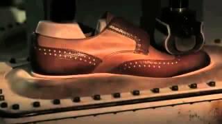 Круто! Вот как делают обувь Prada