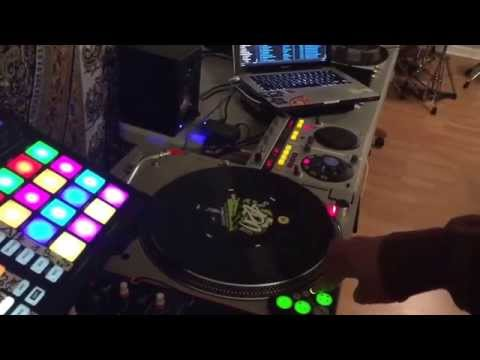 DJ Divine Justice Serato Dj Maschine Mk2 mapping 2.0 with Dicer support