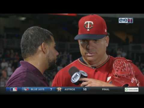 Bartolo Colon doused by Twins teammates after complete game