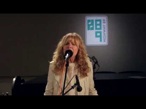 """Larry Campbell and Teresa Williams - """"Samson and Delilah"""" LIVE in-studio performance: H89"""