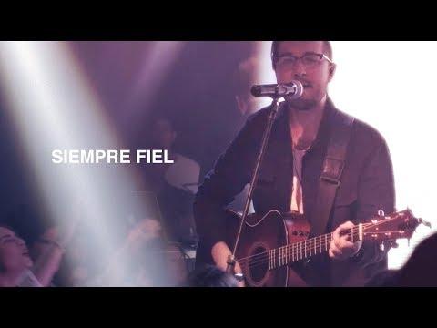 Siempre Fiel - Un Corazón EN VIVO (Videoclip oficial) HD