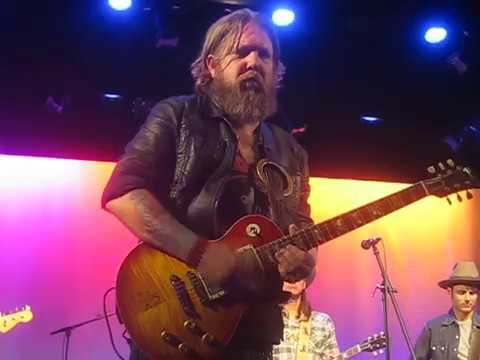 Devon Allman (w/Duane Betts) - Band Intros/One Way Out - 4/17/18