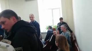 Словесная перепалка лидера «С14» Карася с Еленой Бережной (судебное заседание по делу Сагана)
