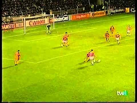 PSV Eindhoven 2 - Barcelona 2 (Liga de Campeones 1997/98) - YouTube