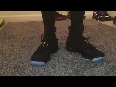 nike-mens-lebron-xv-15-city-series-basketball-shoes-black/black/metallic-gold-review