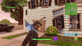 New glitch on Fortnite Battle Royal for troll of people with trap