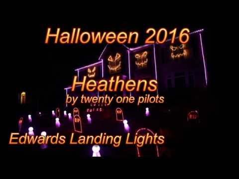 Halloween Light Show 2016 - Heathens by Twenty...