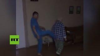 Indignación en la Red: Enfermeros golpean a un paciente en hospital psiquiátrico