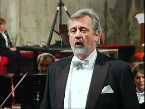 """Ján Galla - Mozart - Aria Sarastra """"In diesen heil'gen Hallen"""" z opery  Čarovná flauta - YouTube"""