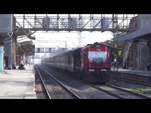 Compilation of Express and Superfast Trains captured at Udhna Jn in Gujarat, Western Railways!!!!