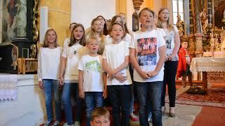 Melanie Payer mit Kinderchor Hallelujah