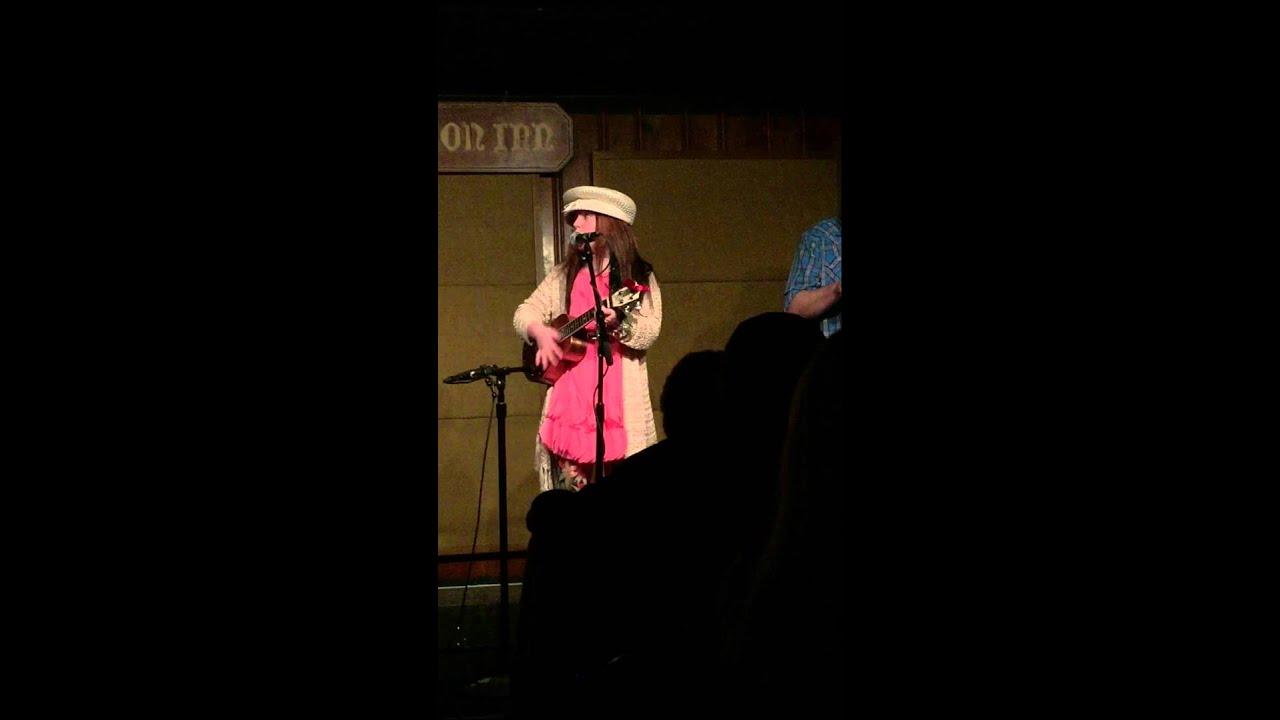 Lyric fire on the mountain grateful dead lyrics : Emi Sunshine sings the Grateful Dead's
