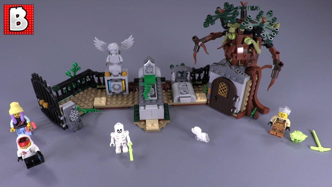 Graveyard Mystery LEGO 70420 Set Review