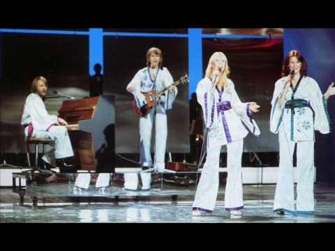 ABBA - La Reina del Baile - Dancing Queen - Spanish ...