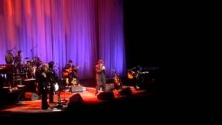 Leonard Cohen chante La Manic (Montréal)  29 novembre 2012