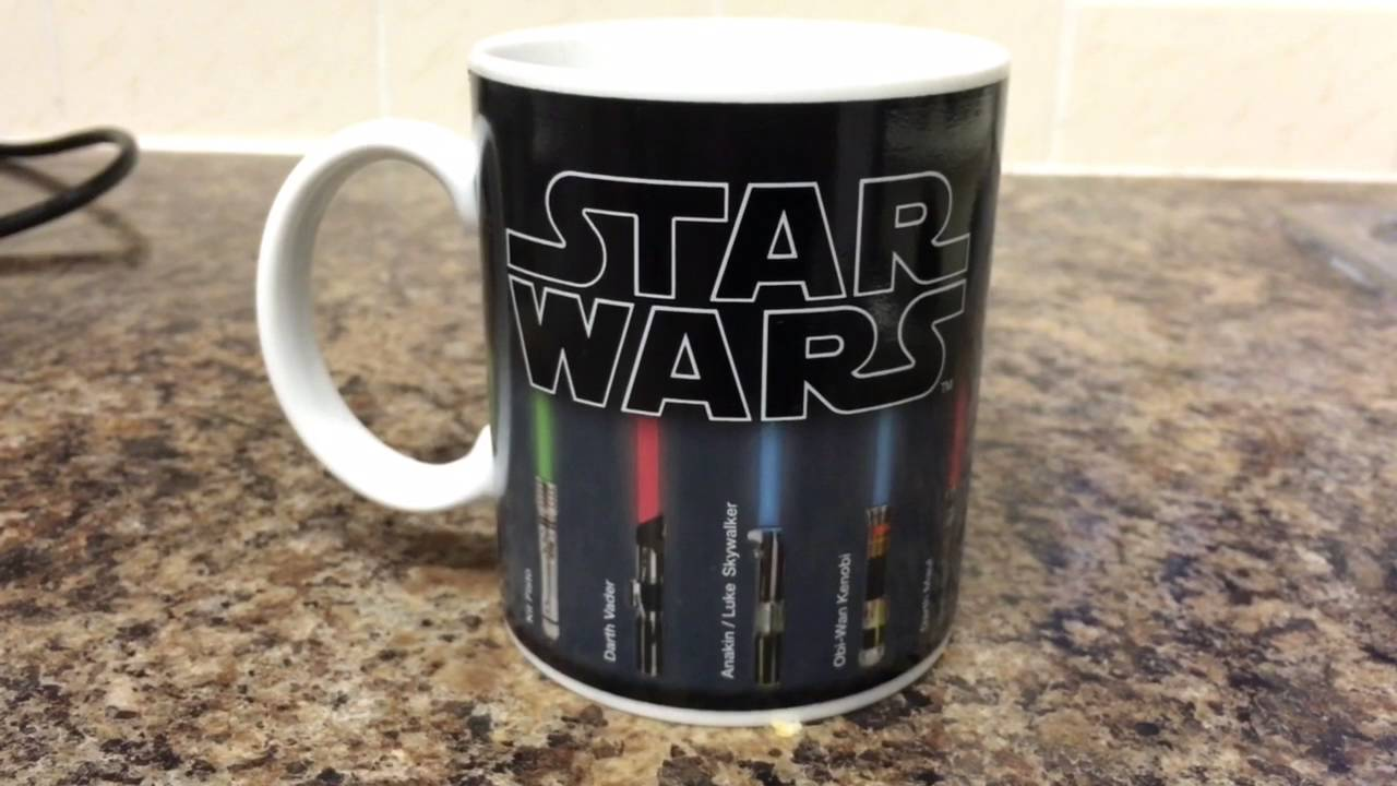 Star Wars Lightsaber Colour Changing Mug Youtube
