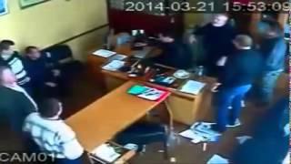 Жесть в Кировограде избивают врача   Скрытая камера