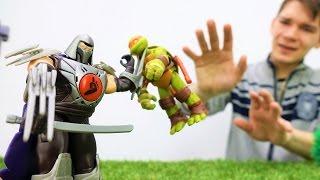 #ЧерепашкиНиндзя: видео с игрушками! Шреддер подсыпал яд! Игры для мальчиков.