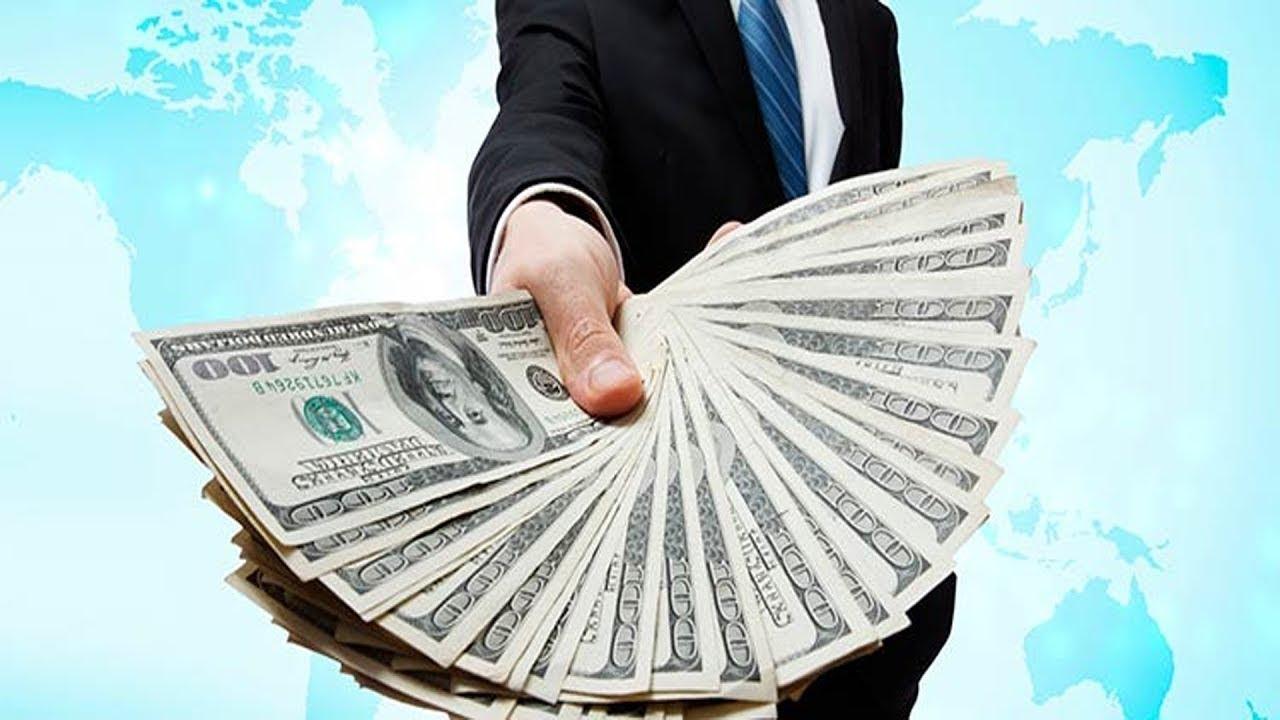 akcijų pasirinkimo sandoriai su mažiausiu numanomu nepastovumu dvejetainis variantas uždirba pinigus