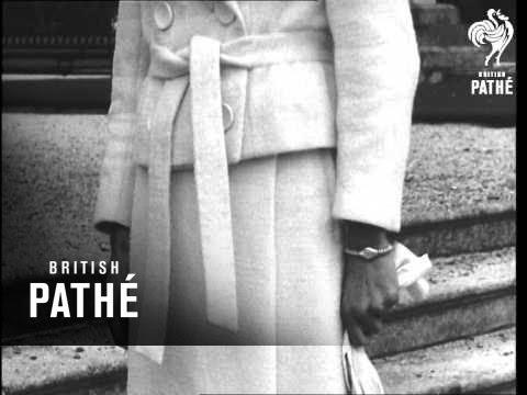 Irish Fashions Displayed (1963)