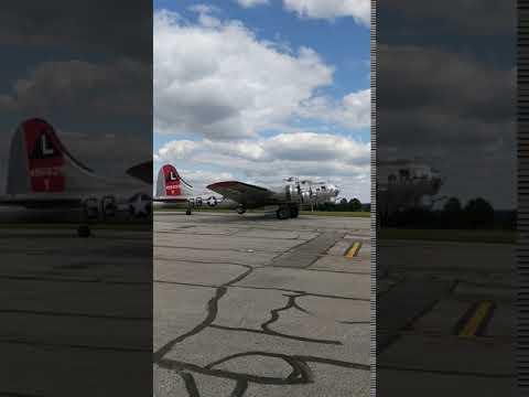 B-17 Taxiing - Kent State Aeronautics Fair - 2017