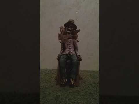 Tekky Design 2018 Halloween Animated Crow Stalker Scarecrow