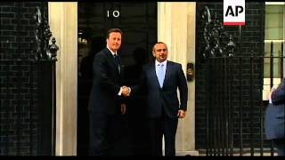 Crown Prince of Bahrain meets UK PM Cameron
